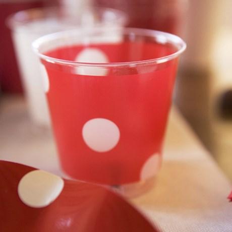 Engångsartiklar till fest – Prickiga röd Plastglas (10-pack)