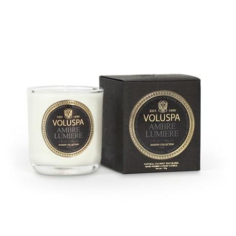 Voluspa – Maison Noir Ambre Lumiere (25h) Doftljus i mindre glasburk