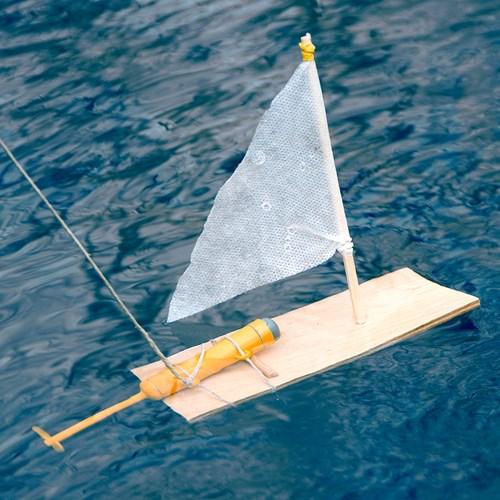 DIY - Gör din egen motorbåt, Orange